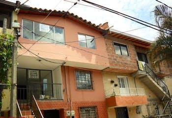 Casa en venta en Francisco Antonio Zea de 4 hab.