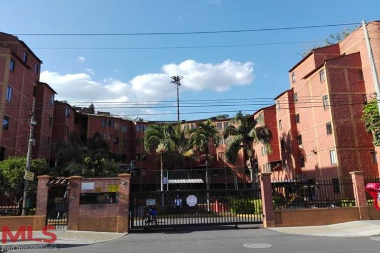 Portada Las Americas (Las Acacias)