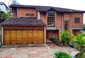 Casa en venta en El Chocho, 414m²