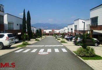 Akacia, Casa en venta en Loma De Benedictinos 172m² con Piscina...