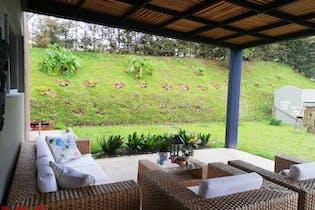 Soto del Este, Casa en venta en Casco Urbano El Retiro de 340m²