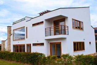 Casa en venta en El Tambo, 350m² con Zonas húmedas...