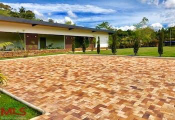 La Provincia, Casa en venta en Altos De La Pereira, 646m²
