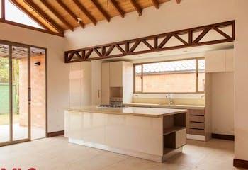 Casa en Casco Urbano El Retiro, Retiro, 3 Habitaciones- 234m2.