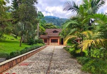 Casa en venta en El Chocho de 3 habitaciones