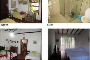 Finca en venta en Casco Urbano Girardota de 654m² con Jardín...