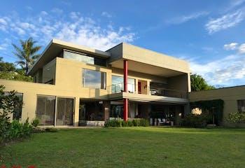 Parcelación Villas de Llanogrande, Casa en venta en Tres Puertas con acceso a Zonas húmedas