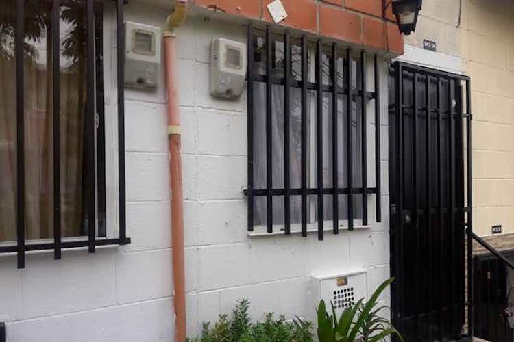 Portada Casa en Santa Maria De Robledo, con 2 habitaciones-59mt2