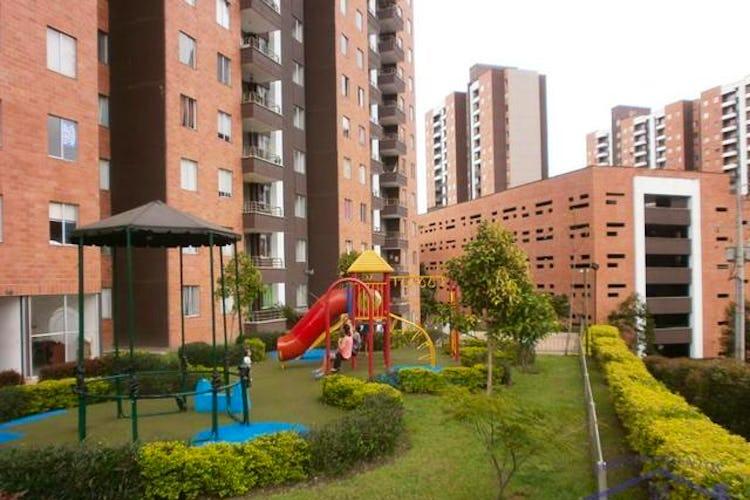 Foto 3 de Apartamento en Viviendas del Sur, Itagui - Tres alcobas