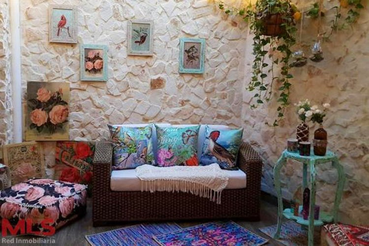 Foto 1 de Casa en La Nubia, Medellín - Cinco alcobas