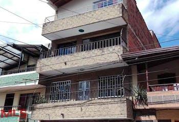Apartamento de 83m2 en Centro, Itagüí - con dos habitaciones