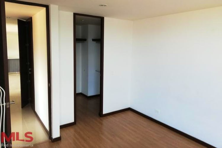Foto 8 de Apartamento en Zuñiga, Envigado - Tres alcobas