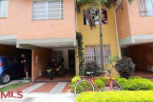 Casa en venta en Yarumito con acceso a Piscina