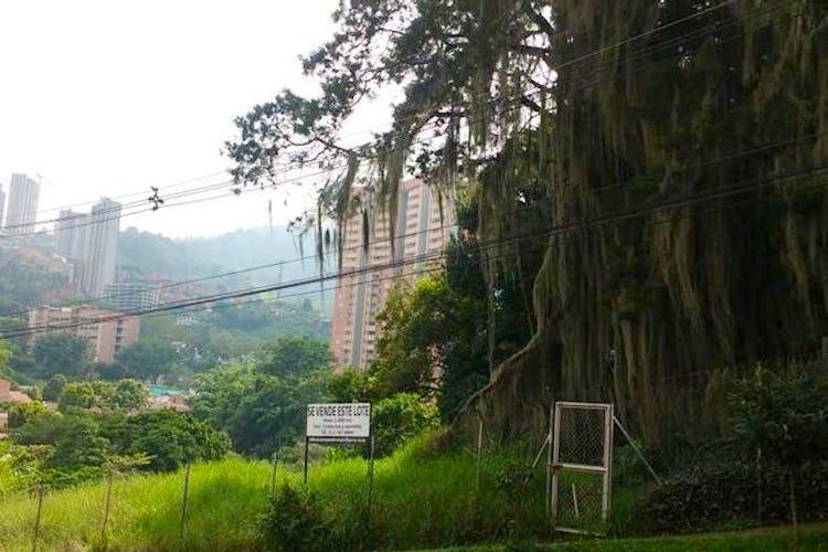 Foto 2 de Lote Residencial en Loma de San Jose, Sabaneta