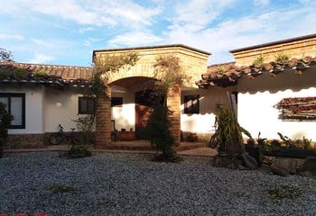 Hacienda Arrayanes, Casa en venta en Alto De Las Palmas Indiana de 3 alcobas