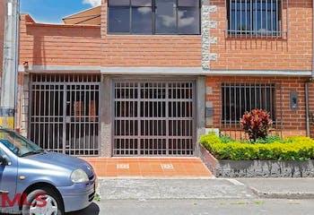 Casa en venta en Altos De La Pereira de 4 hab.