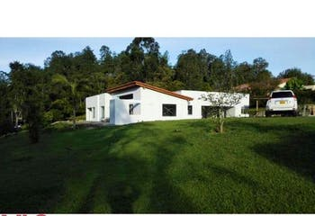 Casa en parcelación La Maria, en El Retiro