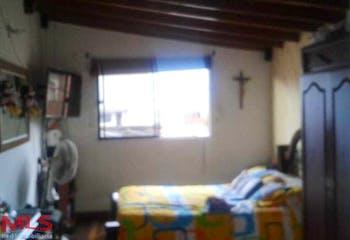 Zapata Arango, Apartamento en venta en Asturias de 94m²