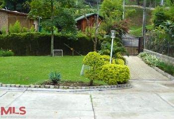 Casa en El Esmeraldal, Envigado