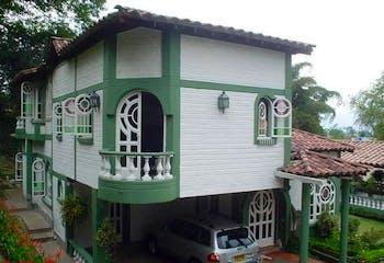 Guadalquivir, Casa en venta en Loma De Las Brujas de 4 hab.
