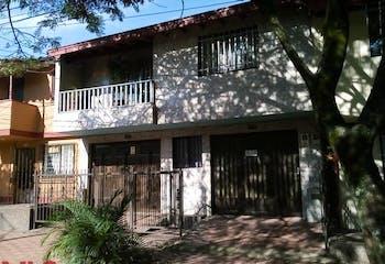 Casa en venta en Santa María I  253m²