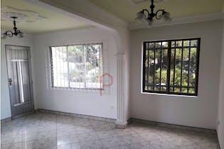 Casa en Laureles-Castellana, con 5 habitaciones, 203m2