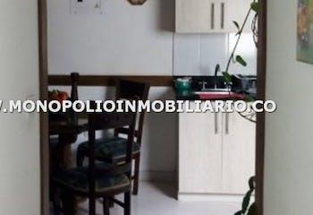 Casa en venta en Las Acacias con Balcón...
