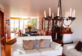 Casa en venta en Fuentes Del Sol de 298mts, tres niveles