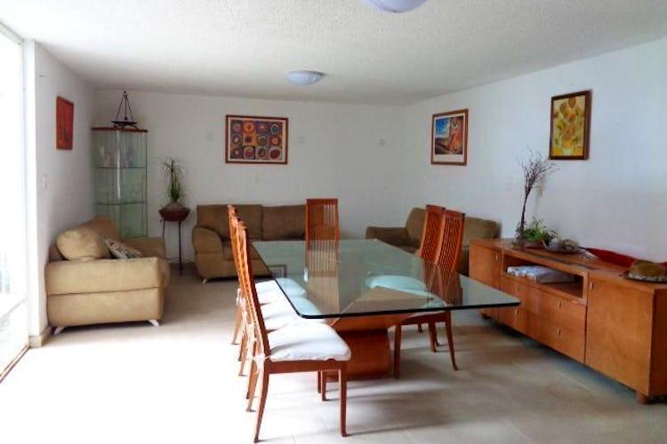 Portada Casa en venta en Barrio San Lucas 300 m2 con Jardín