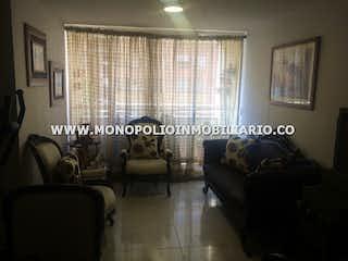 Una sala de estar llena de muebles y una ventana en SAN MIGUEL 1207