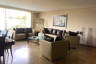 Departamento en venta en Hacienda De Las Palmas, 440mt con terraza