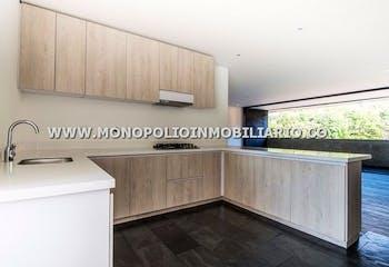 Apartamento en venta en Loma De Benedictinos 179m² con Jardín...