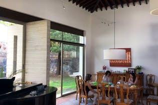 Casa en venta en Lomas de Vista Hermosa de 390 mt con balcón