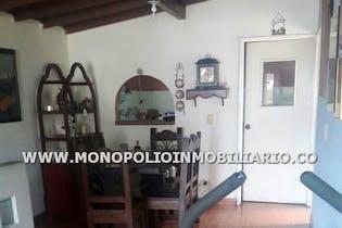 Casa en venta en Moravia de 4 alcobas