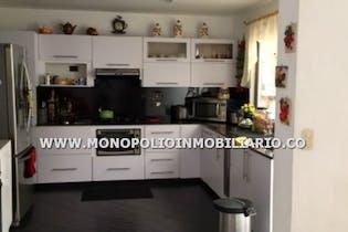 Casa Unifamiliar Para La Venta En Medellin - Belen Cod.8095