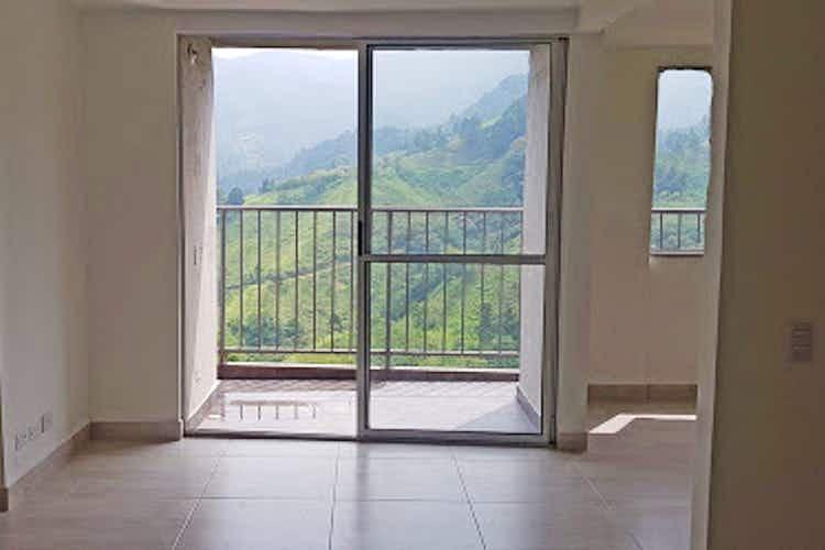 Portada Apartamento en Calle Larga, Sabaneta, 3 habitaciones- 60m2.