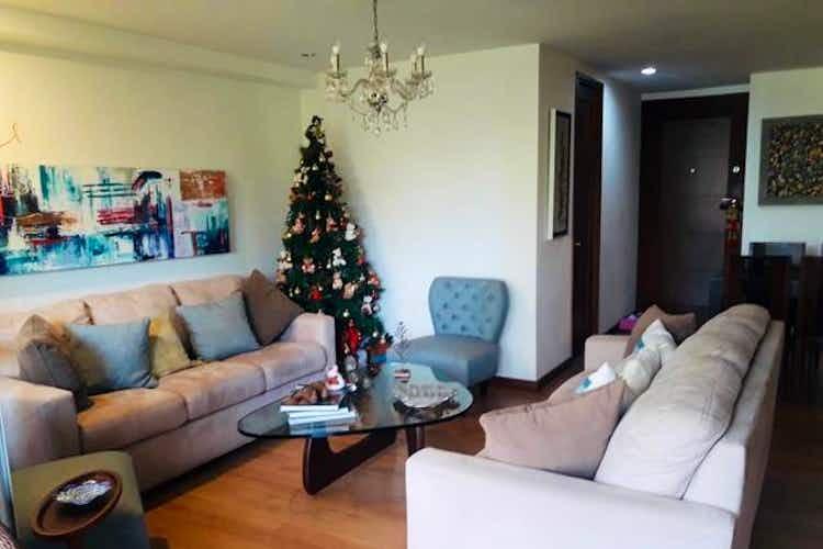 Portada Apartamento en venta en Loma de Benedictinos de tres habitaciones