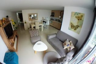 Apartamento en Calle Del Banco, Sabaneta - 94mt, tres alcobas, balcón