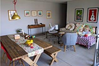 Apartamento en Provenza, Poblado - 140mt, tres alcobas, balcón