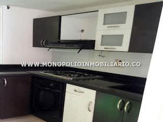 Cocina con fogones y microondas en SANTA ISABEL 08