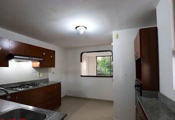 Casa en Loma del Atravezado, Envigado - Tres alcobas