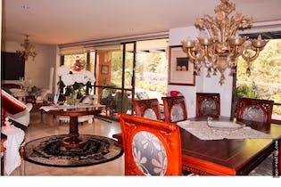 Casa, en el Poblado, sector las palmas, con 4 habitaciones, 1050m2.
