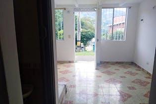 Casa en San Antonio de Prado, Cabecera- el Recreo, con 3 habitaciones- 80m2