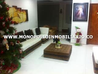 Una imagen de una sala de estar con un árbol de navidad en CIUDADELA TROPICAL CENTRO AMERICA 25