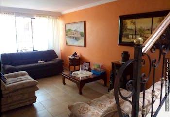 Casa Sector Belén Las Violetas, con 4 habitaciones-94mt2