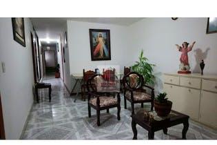 Casa en venta en Florida Nueva de 5 habitaciones