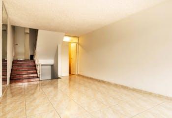 Casa en venta en Caobos Salazar de 5 hab.