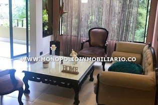Apartamento en Loma de los Benedictinos, Envigado - Tres alcobas