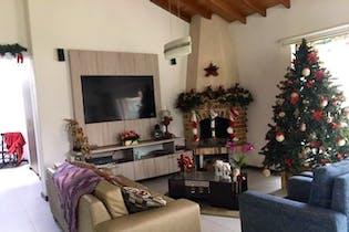 Casa en Loma del Escobero, Retiro - 295mt, tres alcobas, terraza