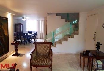 Apartamento en Zuñiga, Envigado - 226mt, cuatro alcobas, duplex